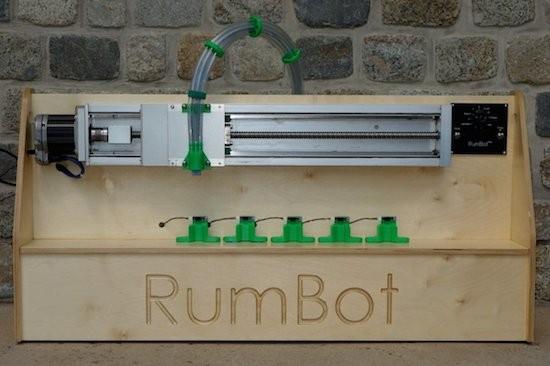 5 robotic bartenders to celebrate Cinco de Mayo 8